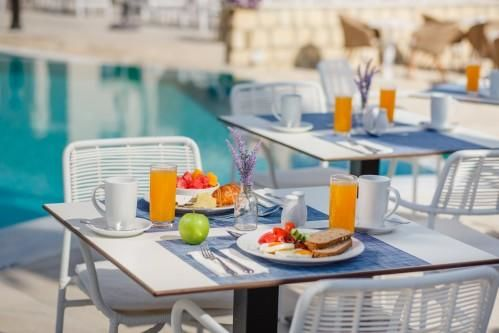 St. Elias Resort - Lemon Tree Restaurant