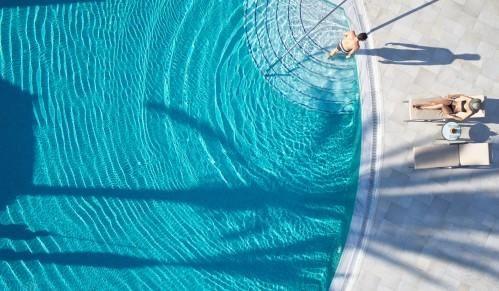 St. Elias Resort - Outdoor Pool