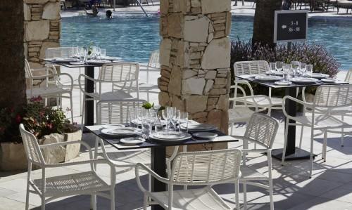 St. Elias Resort - Carob Pool Bar